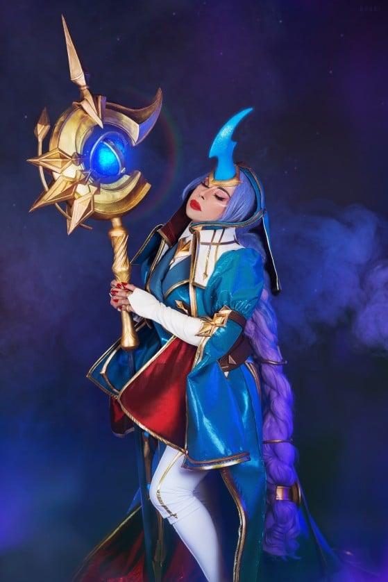 Cosplay de Soraka Astromante por @InCielCos — Foto: Riot Games/Reprodução - League of Legends