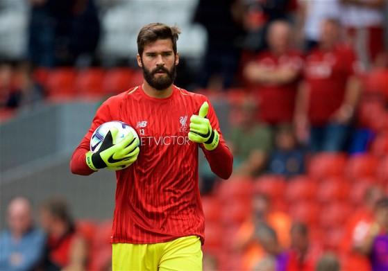 Alisson é o melhor goleiro do Campeonato Inglês e um dos melhores de FIFA 21 - FIFA 21