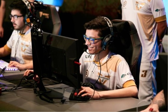 Team One anuncia saídas de b4rtin e cky do time de CS:GO