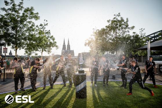 IEM marcou a volta dos grandes eventos em LAN do CS:GO (Foto: Divulgação/ESL) - Counter-Strike: Global Offensive