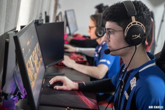 Brasileirão Rainbow Six: Furia vence Falkol e permanece na elite