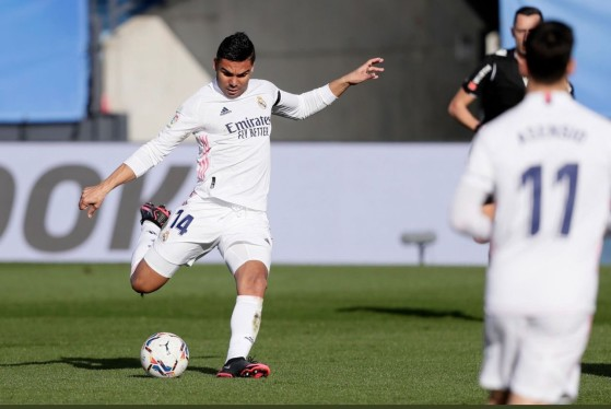 Casemiro é o volante com melhor overall em FIFA 21 - FIFA 21