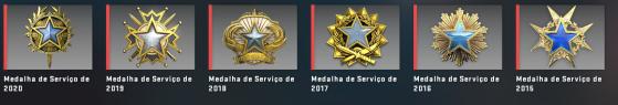 Medalhas de CS:GO adquiridas após ultrapassar o nível 40 em cada ano. - Counter-Strike: Global Offensive