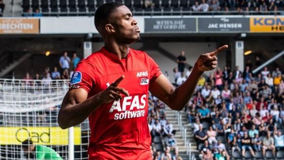 Myron Boadu comanda o ataque da seleção de promessas do MGG - FIFA 21