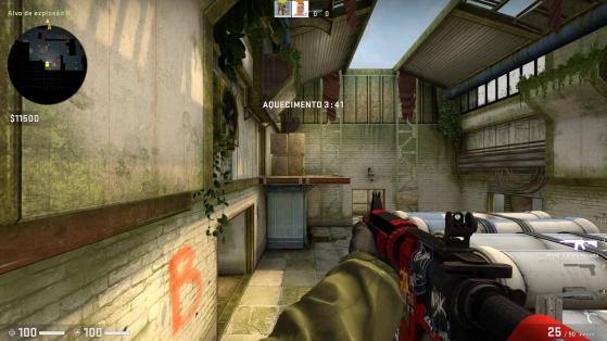 A visão do jogador de cima na hora de correr e pular até o céu - Counter-Strike: Global Offensive