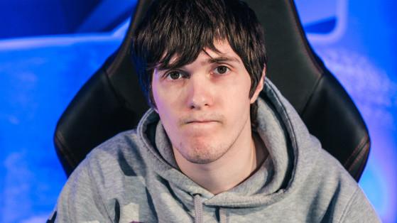 Ex-pro player de LoL Alex Ich é contratado pela Riot Games