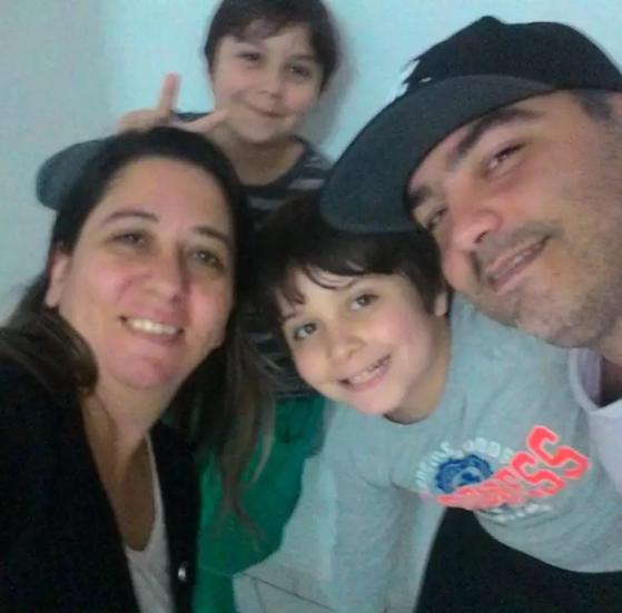 A família de Rafael frequenta eventos de esports realizados no Brasil | Foto: Arquivo Pessoal/ Reprodução - Counter-Strike: Global Offensive