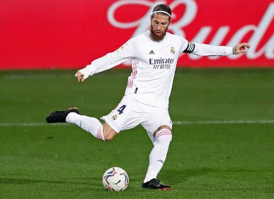Apesar dos 34 anos, Sergio Ramos ainda é um dos melhores defensores de FIFA 21 - FIFA 21